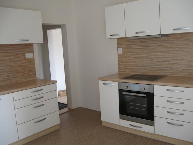 bila-kuchyn-1.jpg